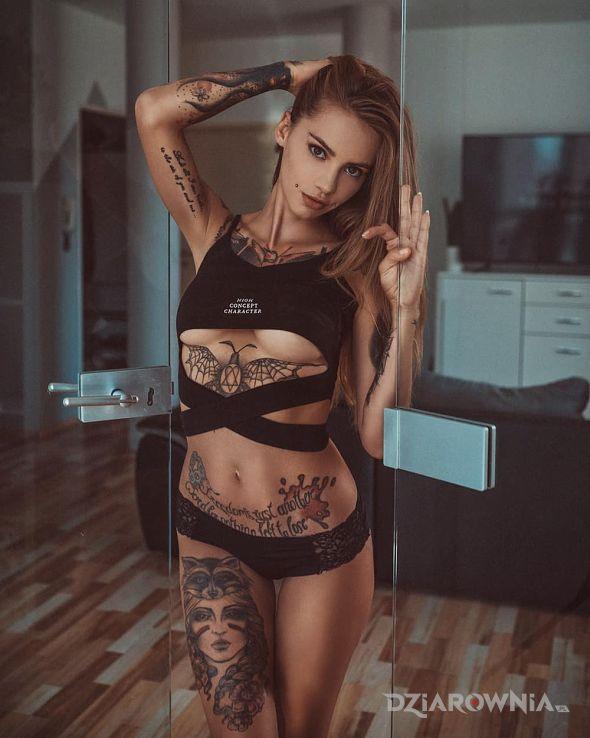 Tatuaż ulubienica - seksowne