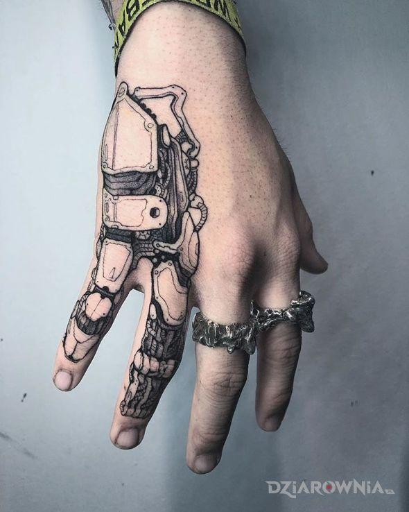 Tatuaż robo palce - pozostałe