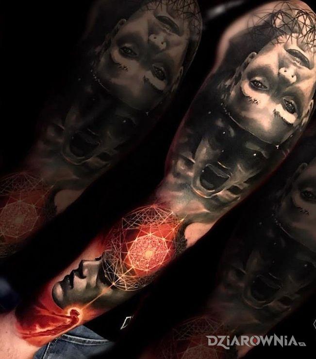 Tatuaż masz coś lepszego w motywie 3D i stylu realistyczne na przedramieniu