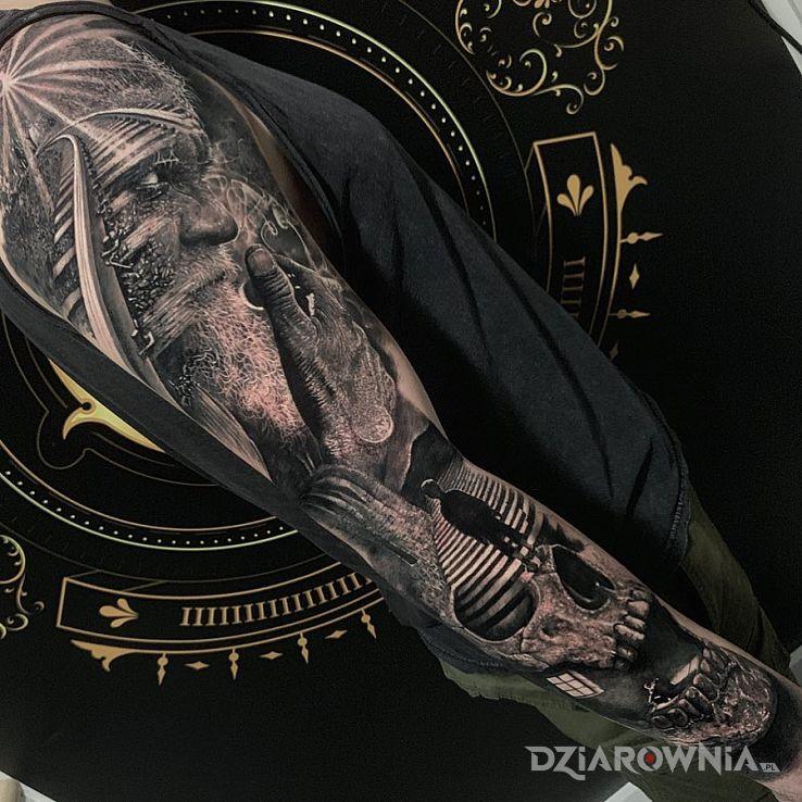 Tatuaż portret dziadka - czaszki