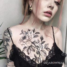 Kwiatek na klatce