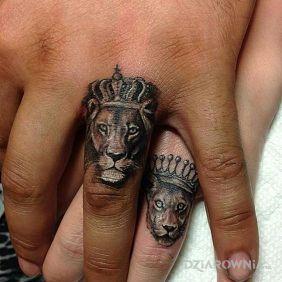 Lwie obrączki