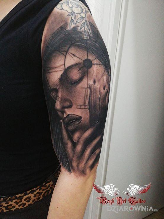 Tatuaż kobieta - pozostałe