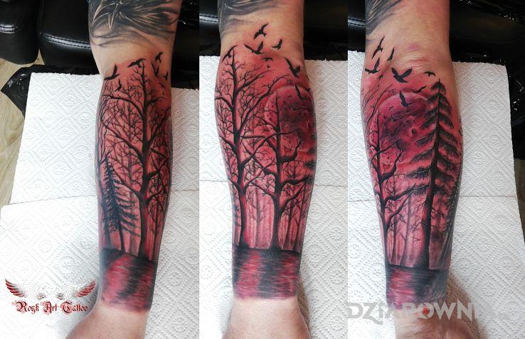 Tatuaż las - kolorowe