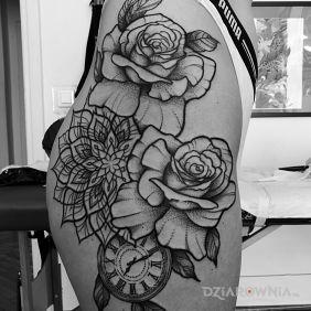 Kwiaty / Róże / Mandala / Zegar
