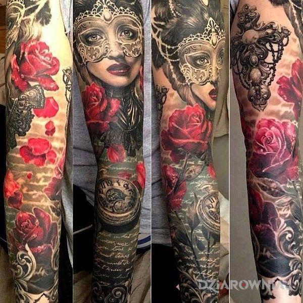 Tatuaż piękny rękaw w motywie rękawy na przedramieniu