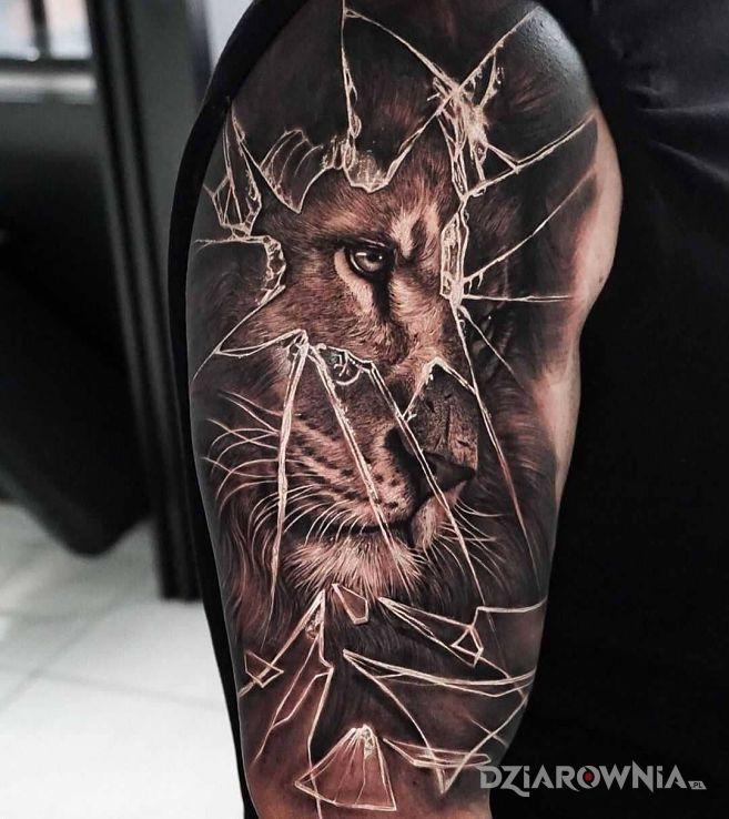 Tatuaż nostalgiczny lew - 3D