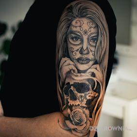 Twarz kobieta czaszka rękaw