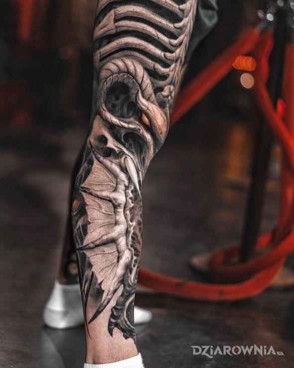 Tatuaż demoniczna noga - demony