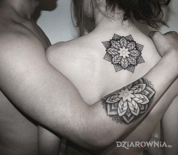 Tatuaż dwie mandale - mandale