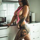 Ladna kucharka :)