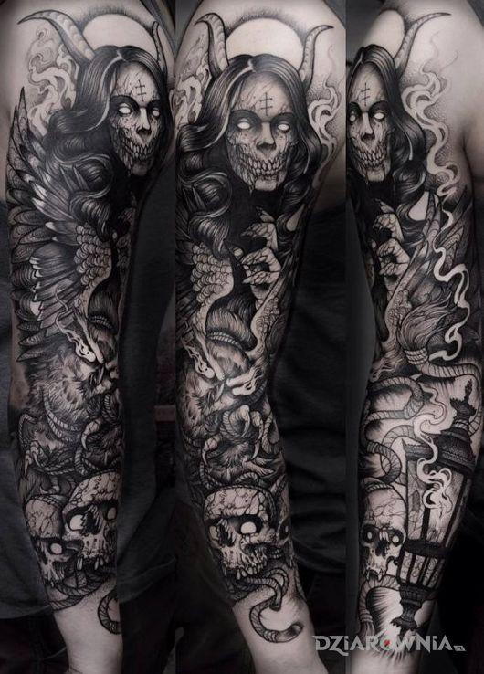 Tatuaż jakieś czorty w motywie rękawy na przedramieniu