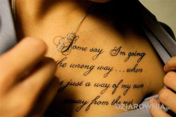 Tatuaż Napis Po Angielsku Autor Dejwid Dziarowniapl