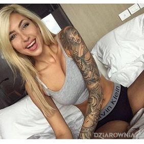 Fajna blondyna