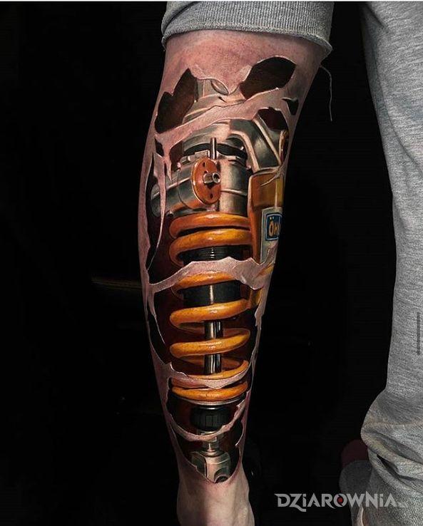 Tatuaż amortyzator - przedmioty