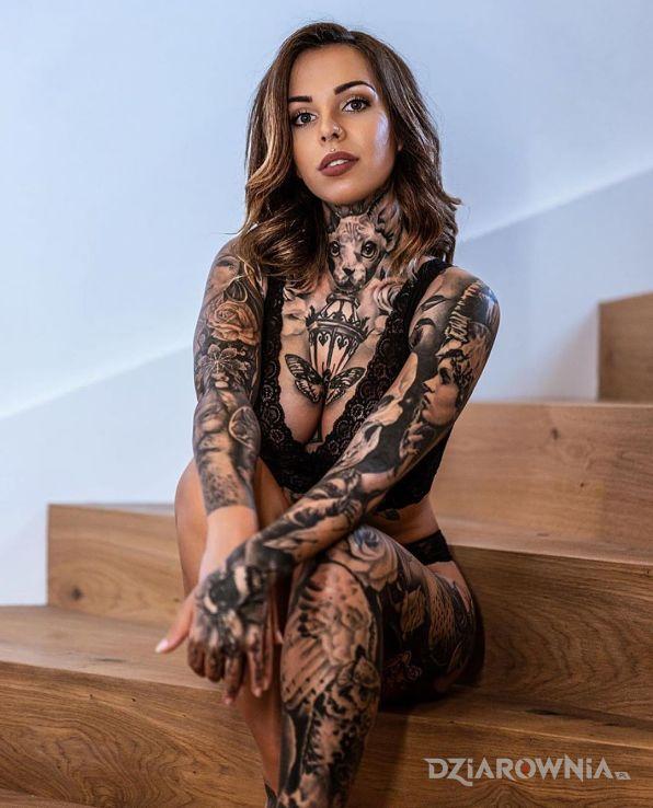 Tatuaż w tatuażach cała - 3D