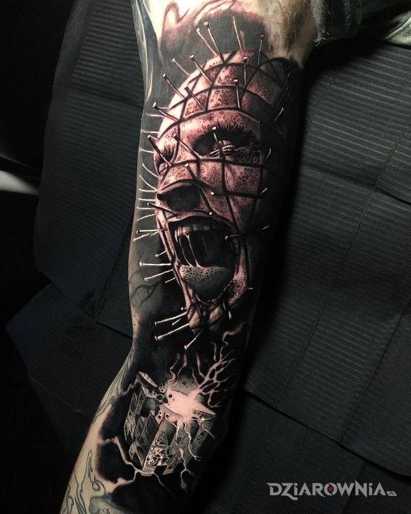Tatuaż szalony hellraiser - twarze