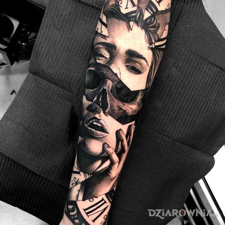 Tatuaż kobieca czaszka w motywie twarze i stylu realistyczne na przedramieniu