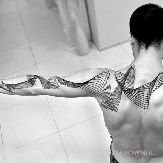 Tatuaż fale z lini - pozostałe
