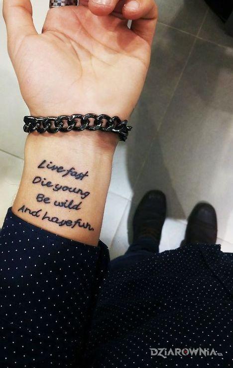 Tatuaż co robic w zyciu - napisy