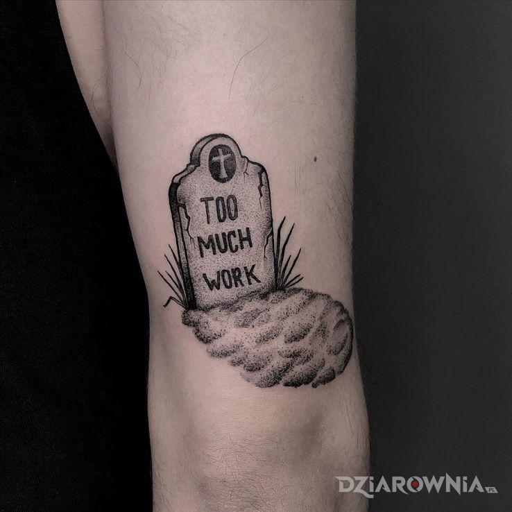 Tatuaż za dużo pracy - czarno-szare