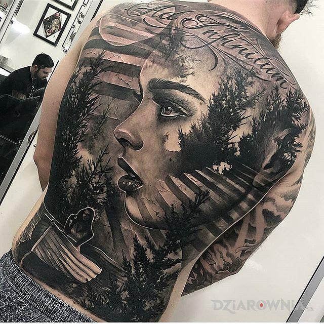Tatuaż dziewczyna w łódce - napisy