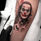 Joker pośród kart