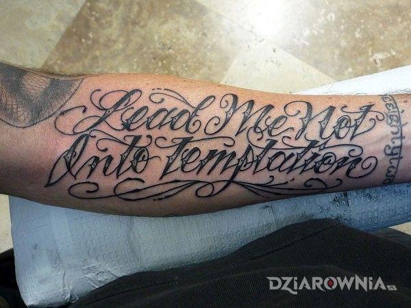 Tatuaż Bombowa Czcionka Autor Kaszana2006 Dziarowniapl