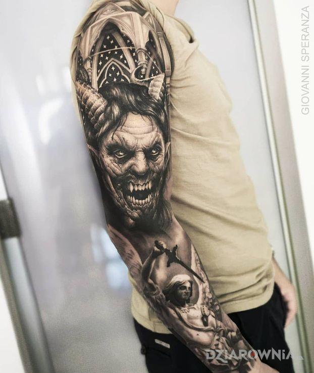 Tatuaż diabeł wcielony w motywie demony i stylu realistyczne na przedramieniu