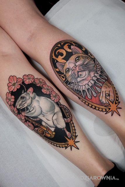 Tatuaż kot  mysz  kwiaty  ornamenty w motywie zwierzęta i stylu neotradycyjne na łydce