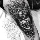 Demoniczna postać z wilkiem