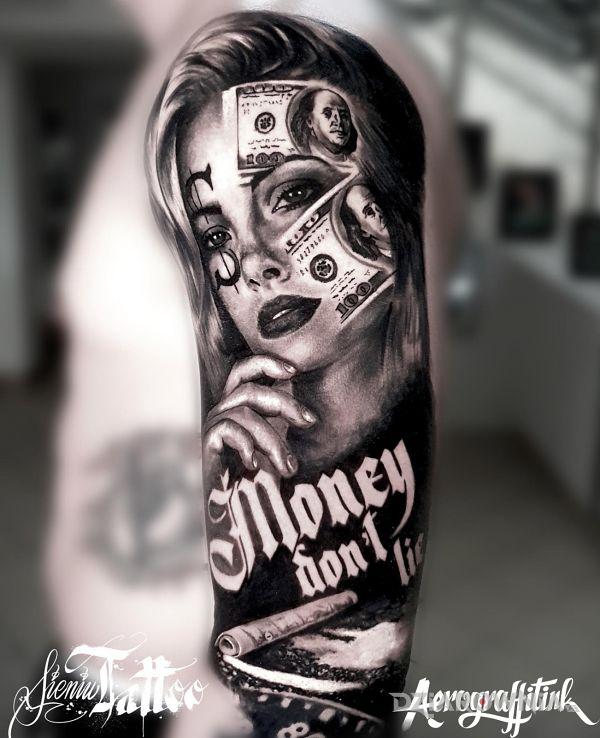 Tatuaż money dont lie w motywie czarno-szare i stylu realistyczne na ramieniu