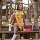 Dziewczyna lubiaca jablka
