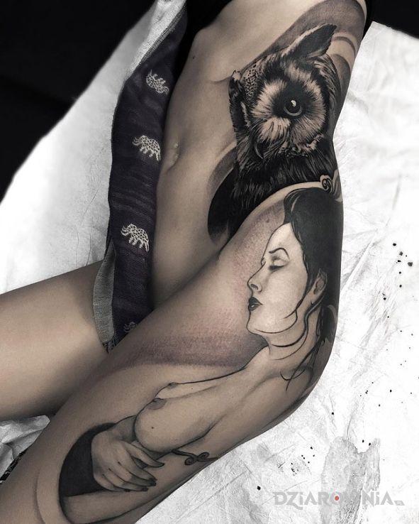 Tatuaż Kobieta Na Udzie Autor Czarodziej Dziarowniapl