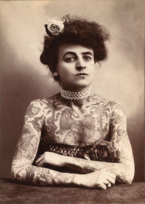 Maud Wagner z tatuażami