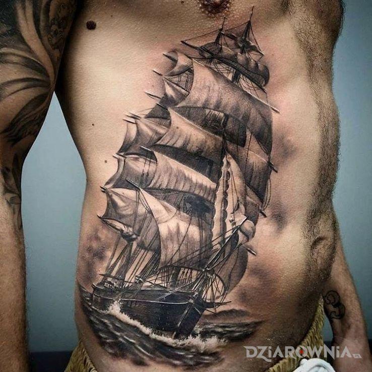 Tatuaż piękny okręt - realistyczne