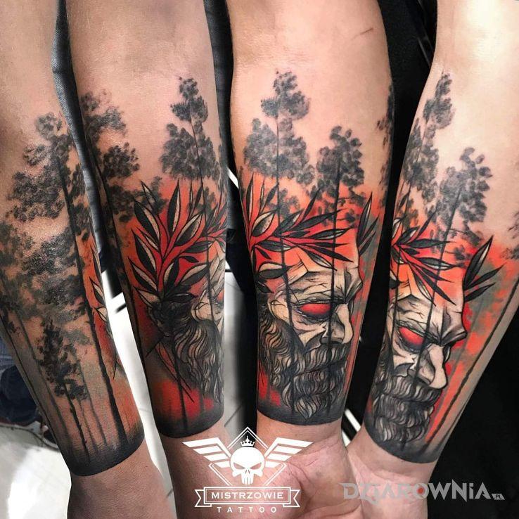 Tatuaż leśny dziad w motywie demony i stylu realistyczne na przedramieniu