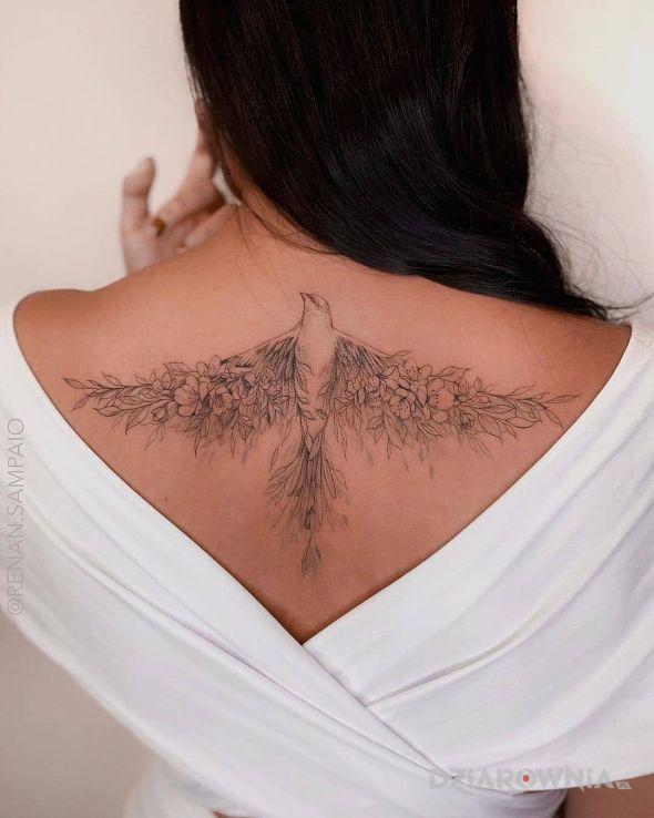 Tatuaż unikalny ptak w motywie zwierzęta i stylu graficzne / ilustracyjne na plecach