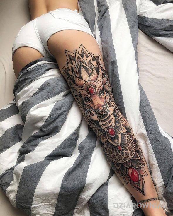 Tatuaż niczego sobie noga w motywie zwierzęta i stylu graficzne / ilustracyjne na udzie