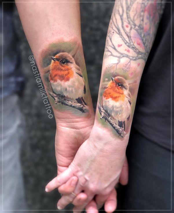 Tatuaż ptaki w motywie zwierzęta i stylu realistyczne na ręce