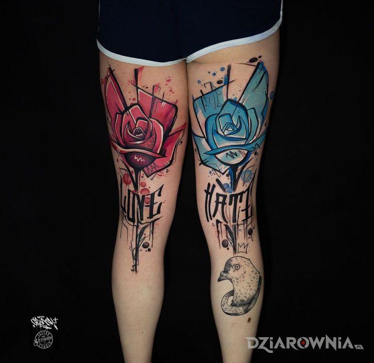 Tatuaż różyczki w motywie kolorowe i stylu graffiti na udzie