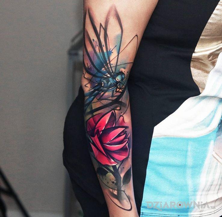 Tatuaż Ważka I Kwiat Autor Aluśka Dziarowniapl