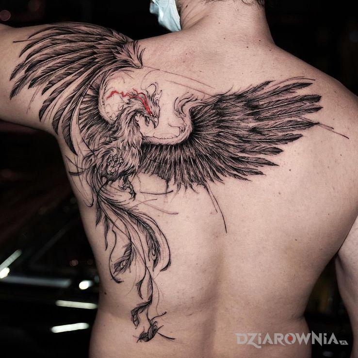 Tatuaż kozacki feniks w motywie zwierzęta i stylu graficzne / ilustracyjne na łopatkach
