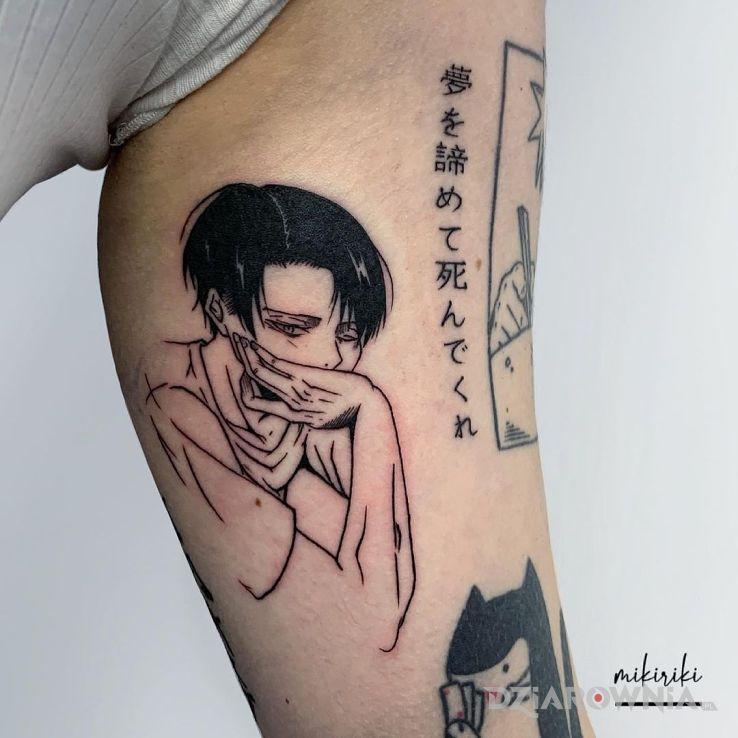Tatuaż levi ackerman w motywie twarze i stylu kontury / linework na ręce