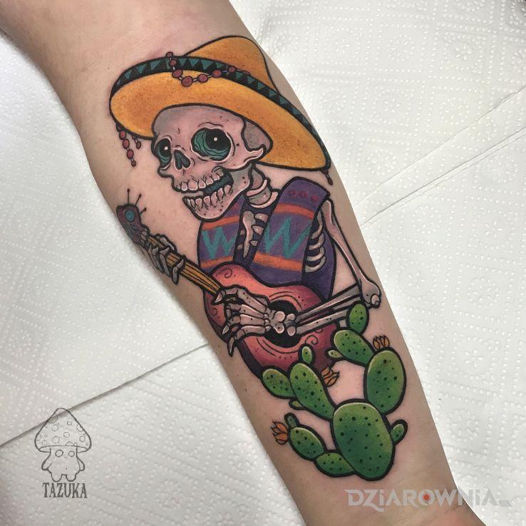 Tatuaż czaszka  sombrero  kaktus w motywie florystyczne i stylu kreskówkowe / komiksowe na ręce
