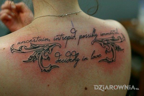 Tatuaż Napis Na Plecach Autor Tatuaz Dziarowniapl
