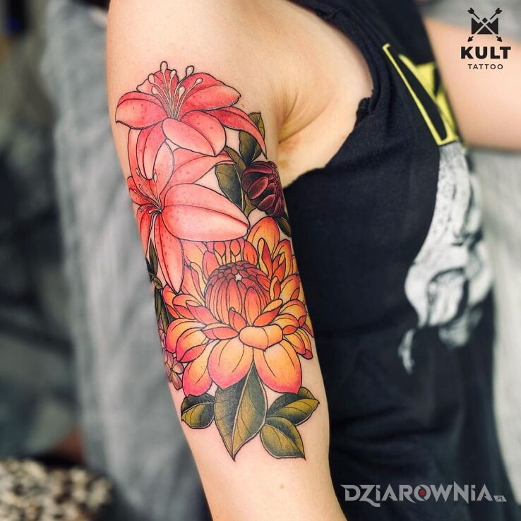 Tatuaż flower power w motywie śmieszne i stylu kreskówkowe / komiksowe na ręce