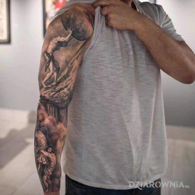 Tatuaż syzyf w motywie postacie i stylu realistyczne na przedramieniu