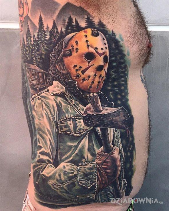 Tatuaż halloween w motywie postacie na ramieniu