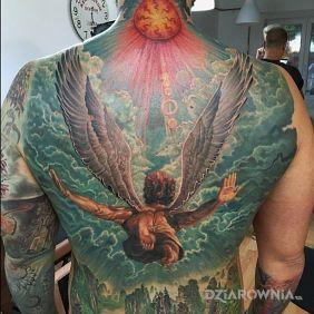 Anioł na plecach